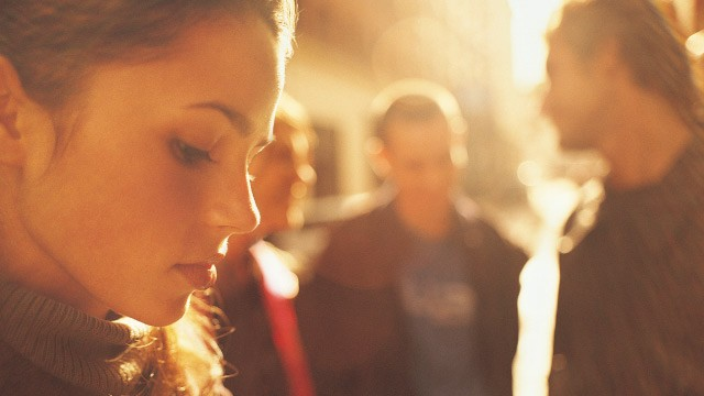 5 Common Social Situations Introverts Can't Stand