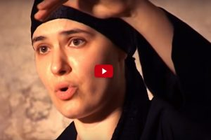 The Voice Of An Alien: She Can Sing Two Notes At Once… And It's Hauntingly Beautiful!